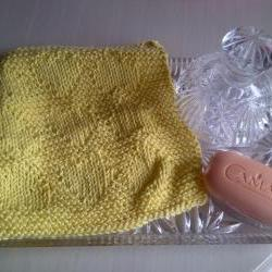 Knitted in Scotland - 100% cotton lemon Wash Cloth - Excellent for Baby